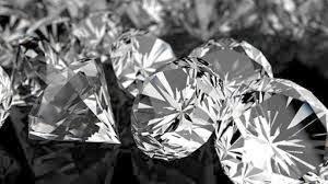 Τα 5 θρυλικά και καταραμένα πετράδια [photos]